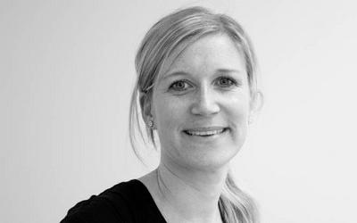 Annette Kristine Navestad har sammen med flere kolleger i Schibsted nylig ferdigstilt en studie om banner-annonsering på mobil. Foto: Schibsted